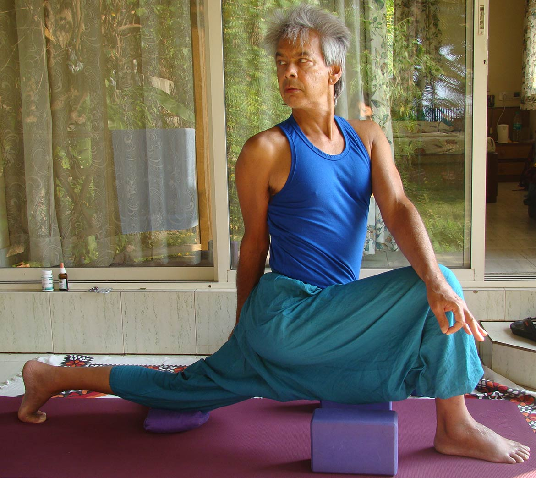 yoga ausbildung berlin urvasi leone triyoga yogalehrer