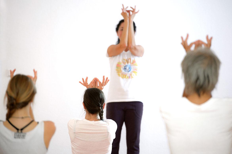 Ausbildung BDY an der Akademie für Yoga in Berlin mit Urvasi Leone